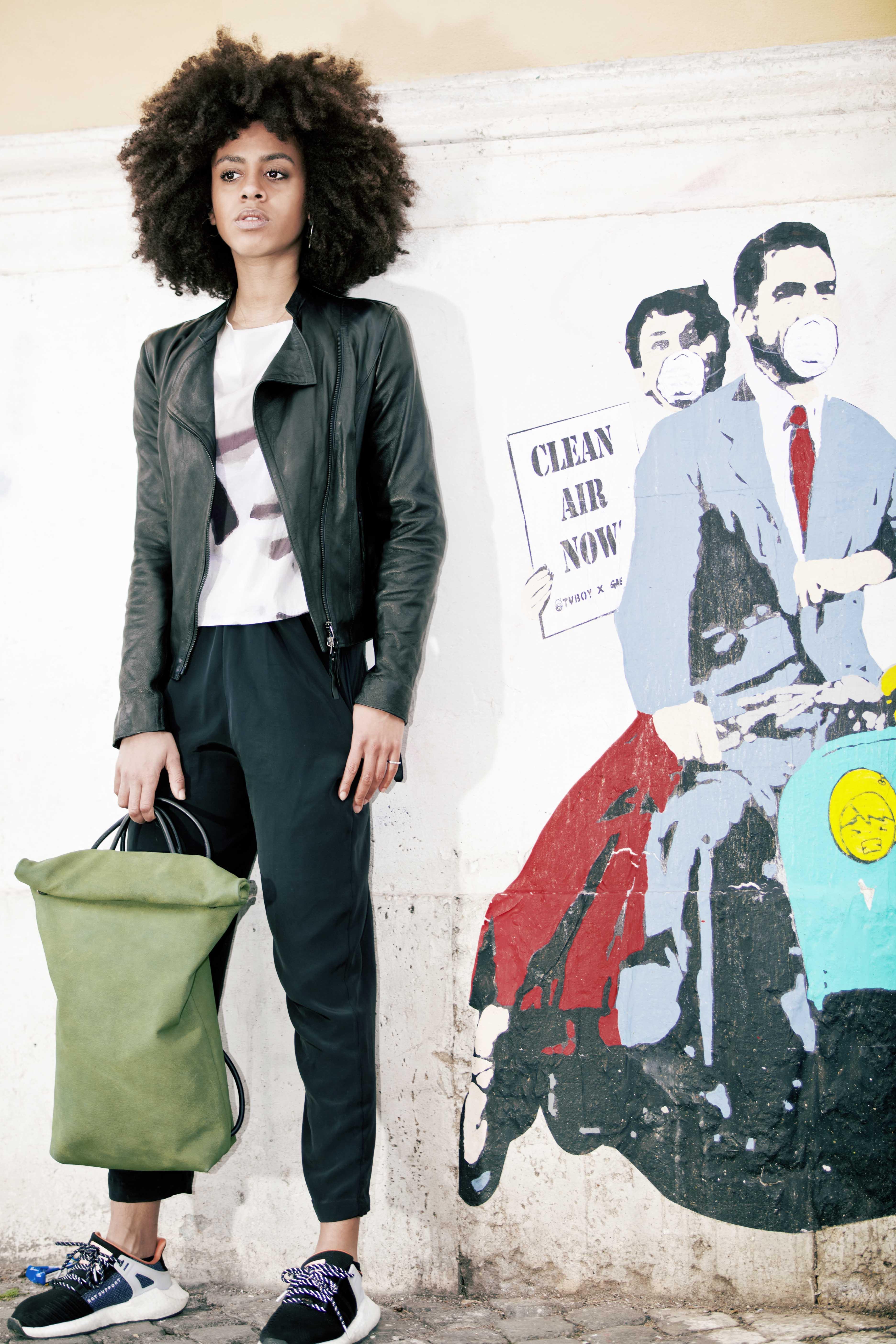 Lookbook collezione F/W 2018/19 - Cinzia Rossi