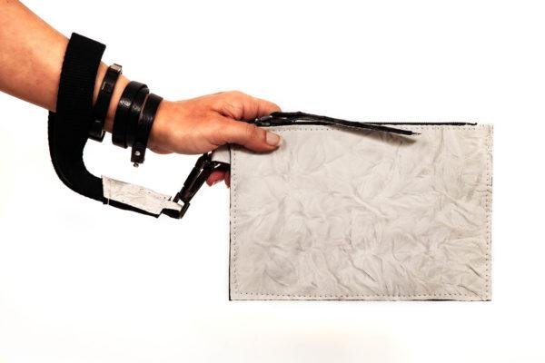 Pochette a mano in pelle - Cinzia Rossi